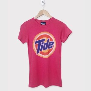 JUNK FOOD Tide Loads Of Hope Graphic Tshirt Red